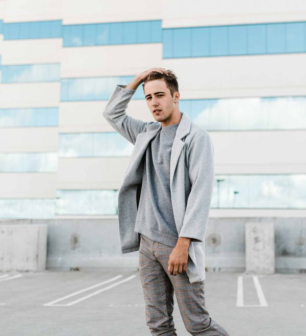 Men fashion tips and style guide